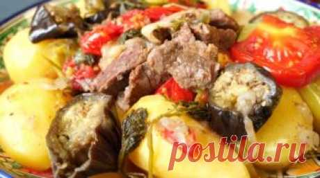 Картошка с мясом и овощами в казане: нереально вкусное блюдо У каждого народа есть свои любимые блюда, которые со временем получают популярность далеко за пределами родной страны. Картошка с мясом и овощами в казане – один из таких рецептов. Классический рецепт…