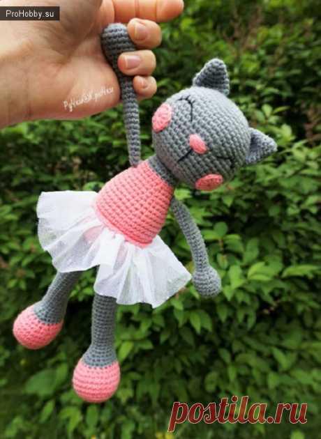 Вязаная крючком кошечка-балеринка / Вязание игрушек / ProHobby.su   Вязание игрушек спицами и крючком для начинающих, мастер классы, схемы вязания
