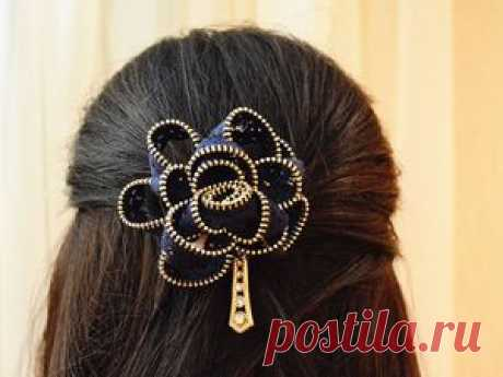 Video master class: we make ornament for hair of a lightning In this small video I will share with you how to make ornament for hair of a lightning. An easy and available way independently to create an unusual hairpin or an elastic band for hair. All you need is: lock lightning, basis (elastic band or hairpin) + desire of :)…