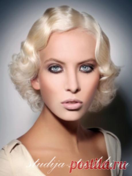 La colocación de la onda a los cabellos cortos | los Peinados y el Peinado