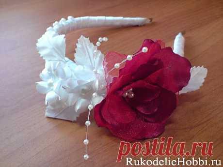 Цветок из двух видов ткани
