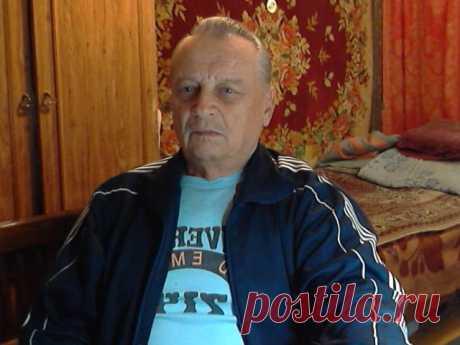 Юрий Сухарев