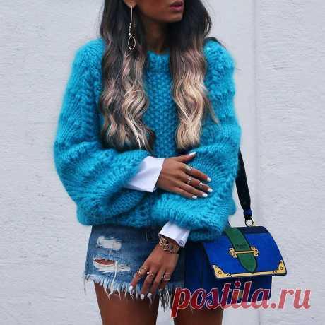 Коллекция вязаных свитеров осени 2017