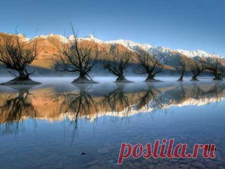 Озеро Уакатипу, Новая Зеландия.