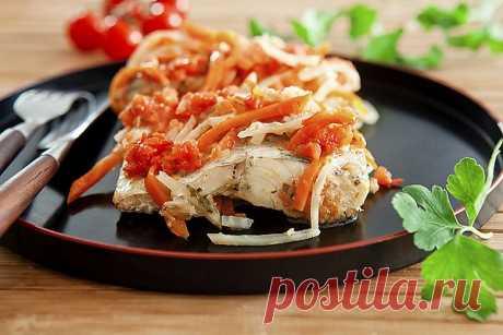 Рецепт: Рыба в томатном соусе в мультиварке