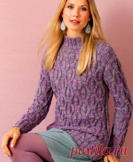 Меланжевый свитер с рельефным узором
