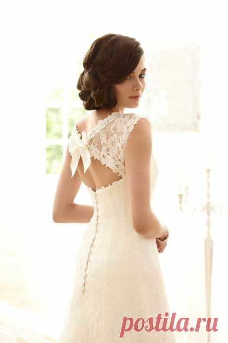 Шикарные платья! Аж замуж захотелось!)