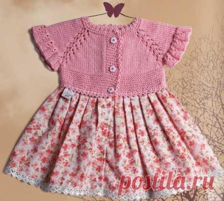 Комбинированное платье для девочки с вязаной кокеткой. |