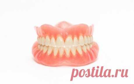 Какие протезы зубов подойдут пожилым людям   Ваш Дантист   Яндекс Дзен