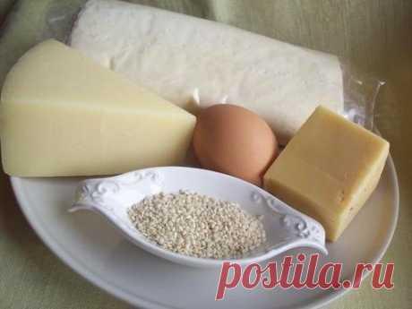 К основным продуктам с высоким содержанием белка относятся