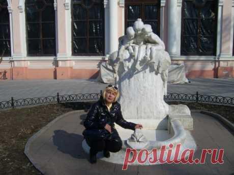 Лариса Малиновская