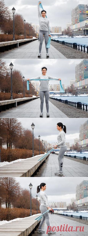 На прогулке: 6 упражнений с эспандером для рук, пресса и спины (ФОТО) :: Фотокомплексы :: «ЖИВИ!»