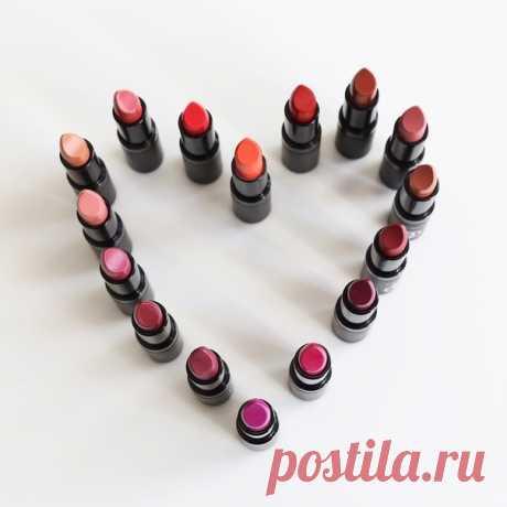 Essens One Love.    #essensrussiaofficial #essens #essensworld #essensbeauty #lipstick #redlips #creamylips #heart #whitchcolordoyoulike