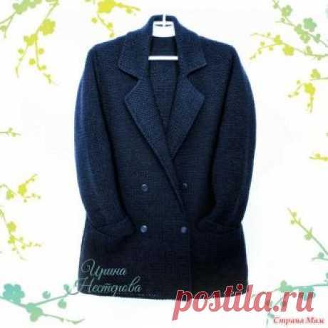 . Стильный двубортный жакет - пиджак крючком Вязаные жакеты всегда актуальны. Это практичная и удобная одежда. А в последнее время они обрели немыслимую популярность.