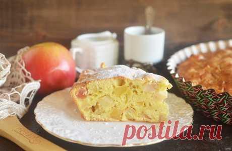 Шарлотка с яблоками: 5 простых рецептов (и ВИДЕО!) - Статьи на Повар.ру