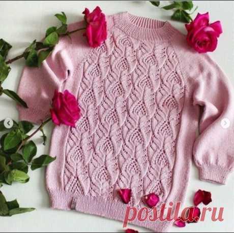 Чудесный свитер спицами.