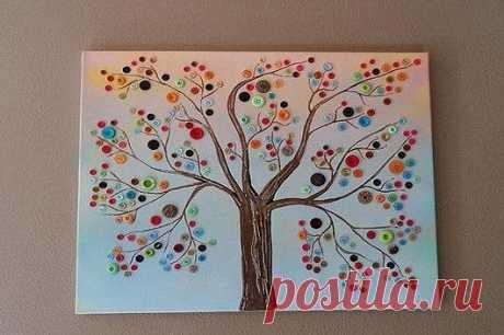 Удивительное дерево. Рисунок, клей и пуговицы ...