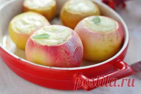 Печеные яблоки с творогом в духовке со стевием Хотите позавтракать чем-то сочным и очень полезным? Приготовьте печеные яблоки с творогом в духовке. Такое блюдо богато клетчаткой и белком.