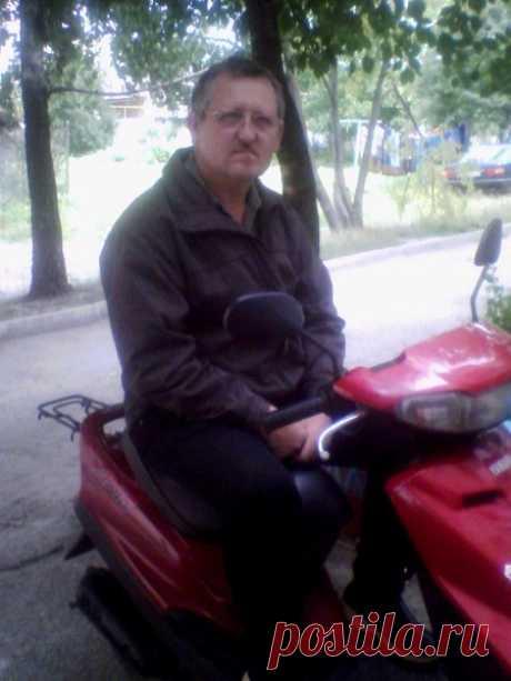 Володя Андрущенко