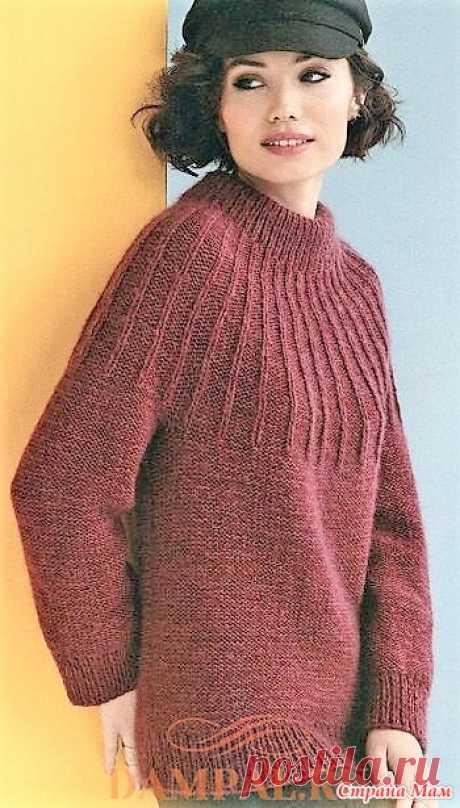 Свитер с круглой кокеткой «Gamine». Спицы. Классический свитер связан изнаночной гладью с резинкой на кокетке.  Размеры:  S (M, L, 1X, 2X, 3X)  Окружность груди – 95 (105.5, 115.5, 125.5, 136, 146) см,