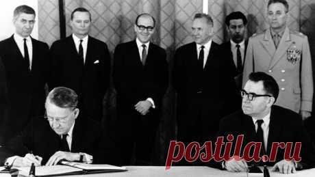 На чем держится мир во всем мире. 10 главных международных договоров — Справки - Новости Mail.ru