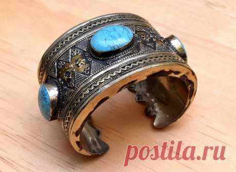 Turkmen Bracelet, Carved Tribal Bracelet, Kuchi Bracelet, Afghan Bracelet, Bohemian Bracelet, Gilt Tuareg Bracelet, Antique Cuff, Gypsy Bracelet, Boho Bracelet, Ethnic Bracelet   Flickr - Photo Sharing!