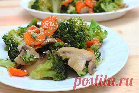 Постное рагу из брокколи и грибов | Вкусные Рецепты