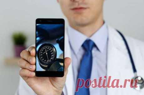 Как с помощью телефона можно измерить артериальное давление · Современные смартфоны стали настолько универсальными, что с их помощью можно даже измерять артериальное давление. Мобильное устройство можно использовать в качестве тонометра. В Интернете имеется много приложений, которые помогут узнать, какое давление у человека на данный момент. Как использовать телефон в качестве тонометра Чтобы измерить давление с помощью телефона, потребуется скачать специальное приложение,...