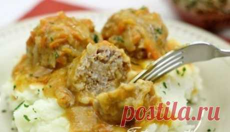 How to make meatballs with rice and a creamy sauce in an oven. - recipe, ingredients and photos