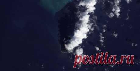 Из пены морской. У берегов Японии из-под воды поднялся новый остров (видео)