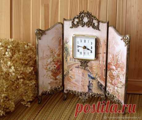 Часы каминные. Венеция – купить на Ярмарке Мастеров – J4Z06RU | Часы каминные, Москва Часы каминные. Венеция в интернет-магазине на Ярмарке Мастеров. Часы каминные, Венеция, выполнены в технике декупаж. Декорирована лепными украшениями, золочением и патинированием. Функциональность красивой вещи придают часы. Часы-ширма станут достойным украшением Вашего камина или комода.