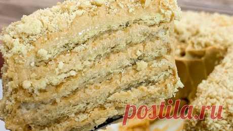 ТОРТ из 4 ингредиентов за 5 минут (РЕЦЕПТ ТОРТА БЕЗ ВЫПЕЧКИ) Торт к чаю на скорую руку всего лишь из 4-х ингредиентов. На приготовление уйдёт максимум 5 минут и 1 час на пропитку.Рецепт на 4 порции:Печенье юбилейное - 25 шт.Молоко - 100 мл.Вареная сгущенка 8,5% - 5 ст. л.Сметана 25% - 5 ст. л.ПОДРОБНЫЙ ВИДЕО-РЕЦЕПТ:Пошаговое приготовление:Шаг...