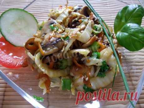 Теплый салат с грибами и пекинской капустой рецепт с фото пошагово - 1000.menu
