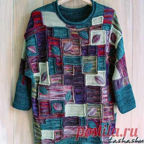 Цветной свитер оверсайз с рукавами 3/4 от Светланы Гордон. Colorblock oversized sweater by Svetlana Gordon.
