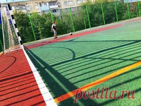 В Атырау стартовал очередной строительный проект под названием «Строительство спортивных площадок для средних школ г. Атырау» стоимостью 1 млрд 206 млн тенге. Об этом сообщается на сайте государственных закупок РК.