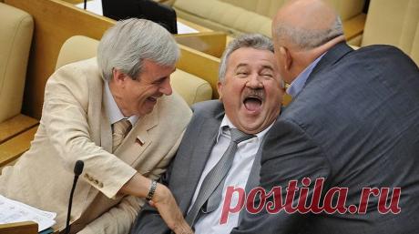 Стас Садальский прокомментировал свой призыв распустить Госдуму из-за отмены закона об индексации пенсий работающим пенсионерам   Что думаешь об этом?   Яндекс Дзен