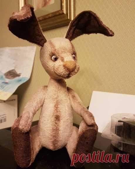 Кролик #позитив сидит и ждёт одежку)  #сказкиоживают #купитьмишку #тедди #винтаж #игрушки #медведь #ручнаяработа #Кролик #кролики #кроликизалисы