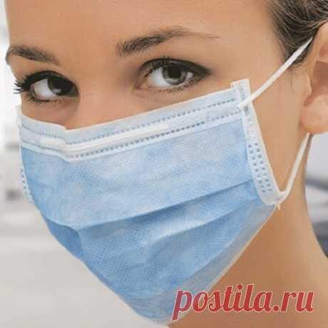 Синий слой защищает от влаги: эпидемиолог объяснила, как правильно носить маски
