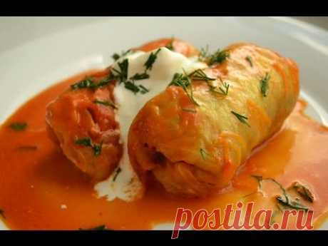 The step-by-step recipe of stuffed cabbage with forcemeat and rice