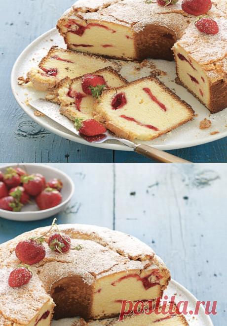 Лето в разгаре - как испечь клубнично-сливочный пирог | ChocoYamma | Яндекс Дзен Этот десерт получается таким же сладким, нежным и вкусным, как и его название. Свежие ягоды в начинке могут быть одним из лучших преимуществ лета. Если, конечно, не считать длинных-длинных дней, наполненных солнцем, семейными поездками на море и бесконечными возможностями для пикника.