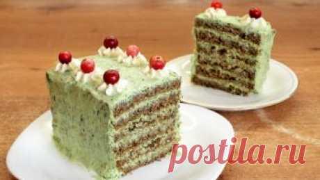 """Закусочный торт """"Лесная мавка"""" - видео рецепт Красивый торт из ржаного хлеба понравится не только оригинальным внешним видом, но и интересным вкусом. Эта пикантная закуска украсит собой праздничный стол и несомненно приятно удивит гостей. Готовит…"""