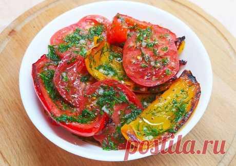 Рецепт Салат с помидорами и обжаренным сладким перцем