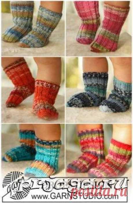 Вязаные носочки для малышей спицами меланж