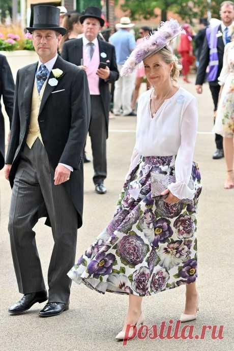Члены королевской семьи блистают на 2 день королевских скачек, королевы до сих пор нет, герцоги Кембриджские держат интригу | НеПутевые заметки Юлианны.Royals | Яндекс Дзен