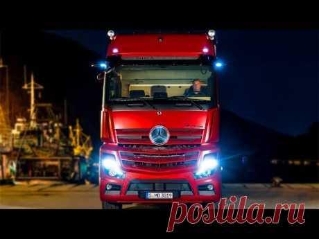 В грузовиках Mercedes отказались от зеркал: для чего так было сделано . Чёрт побери