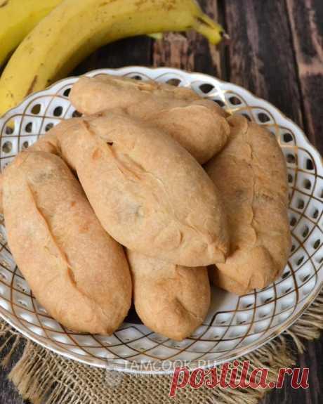 Пирожки с бананами в духовке — рецепт с фото на Русском, шаг за шагом. Быстрый рецепт банановых пирожков из теста на сметане. Пирожки готовятся в духовке. #рецепт #рецепты #пирожки #выпечка #кчаю #чаепитие #кчаю #чаепитие