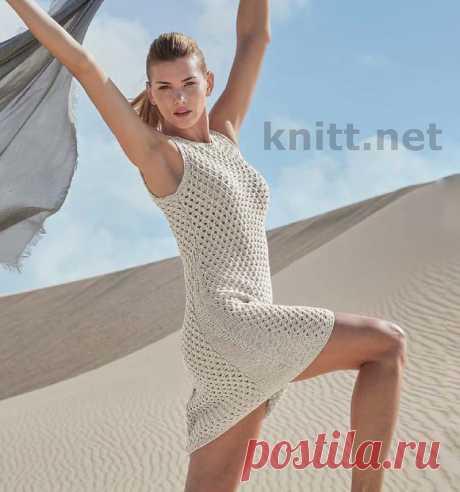 Ажурное вязаное платье спицами из ленточной пряжи