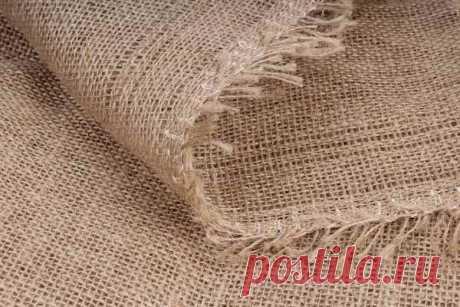 Ткань мешковина: текстура, применение (декоративный джутовый материал в интерьере, одежда, изделия, для охоты), как обработать и сделать мягкой, как отбелить