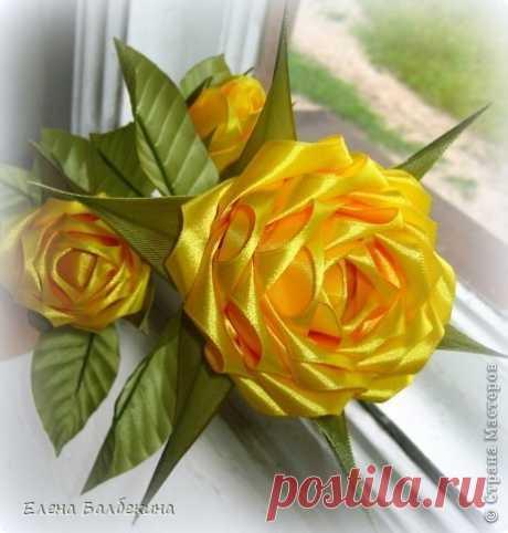 Желтая роза. Цветы из лент