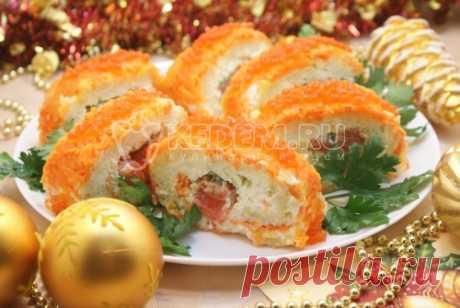 Салат «Царский» Это действительно царский салат. Икра, красная рыбка, нежные отварные овощи... Ммм... Он займет главное место на праздничном столе и не останется без внимания. Хотите удивить гостей, обязательно приготовьте его.